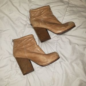 Jeffrey Campbell Rumble Ankle Booties USED 7.5